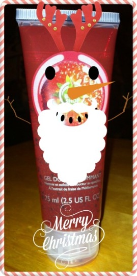 It's Santa-snowman-reindeer Strawberry body polish!